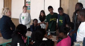 Students of YOUTHinkGreen Namibia tutor the group work